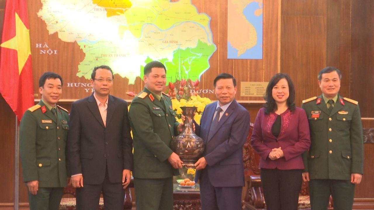 """Trao nhà """"Nghĩa tình đồng đội"""" cho cựu chiến binh tại huyện Quế Võ"""