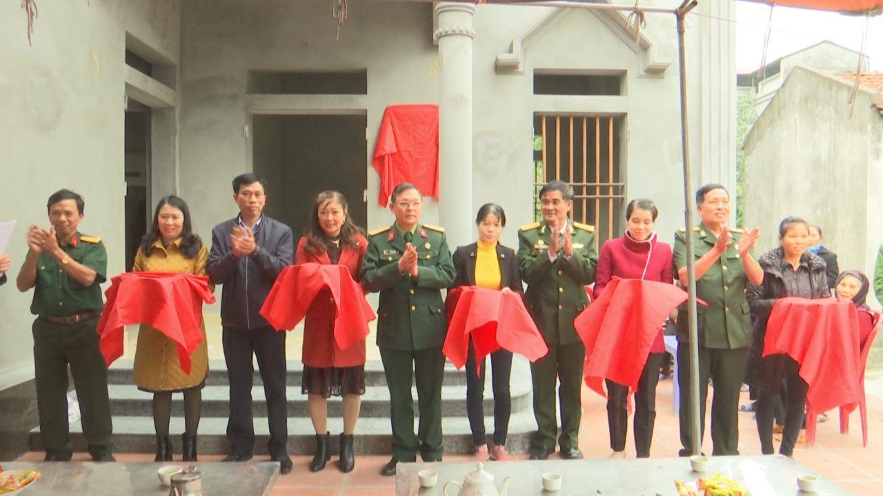 """Hội CCB tỉnh bàn giao nhà """"Nghĩa tình đồng đội"""" tại huyện Lương Tài"""