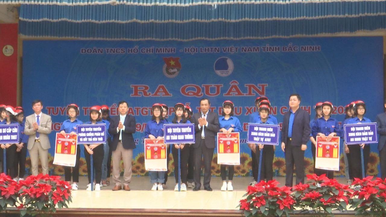 Tỉnh Đoàn ra quân tuyên truyền ATGT dịp lễ, Tết xuân Canh Tý  2020