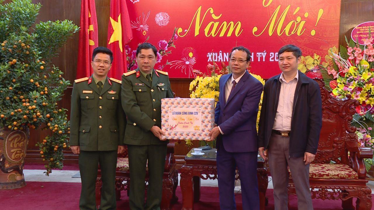 Lữ đoàn Công binh 229 chúc Tết tỉnh Bắc Ninh