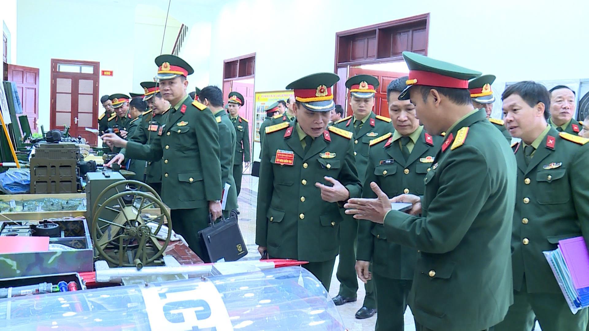 Quân khu 1 kiểm tra công tác chuẩn bị huấn luyện 2020 tại Bắc Ninh