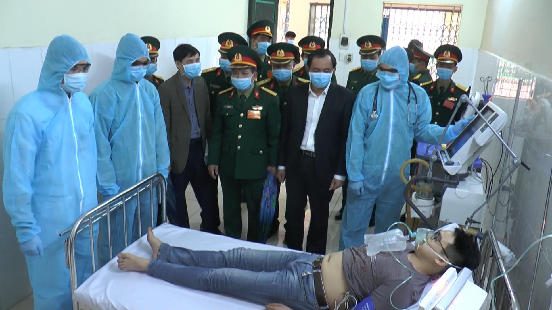 Bệnh viện Quân y 110 diễn tập phòng chống dịch Covid-19