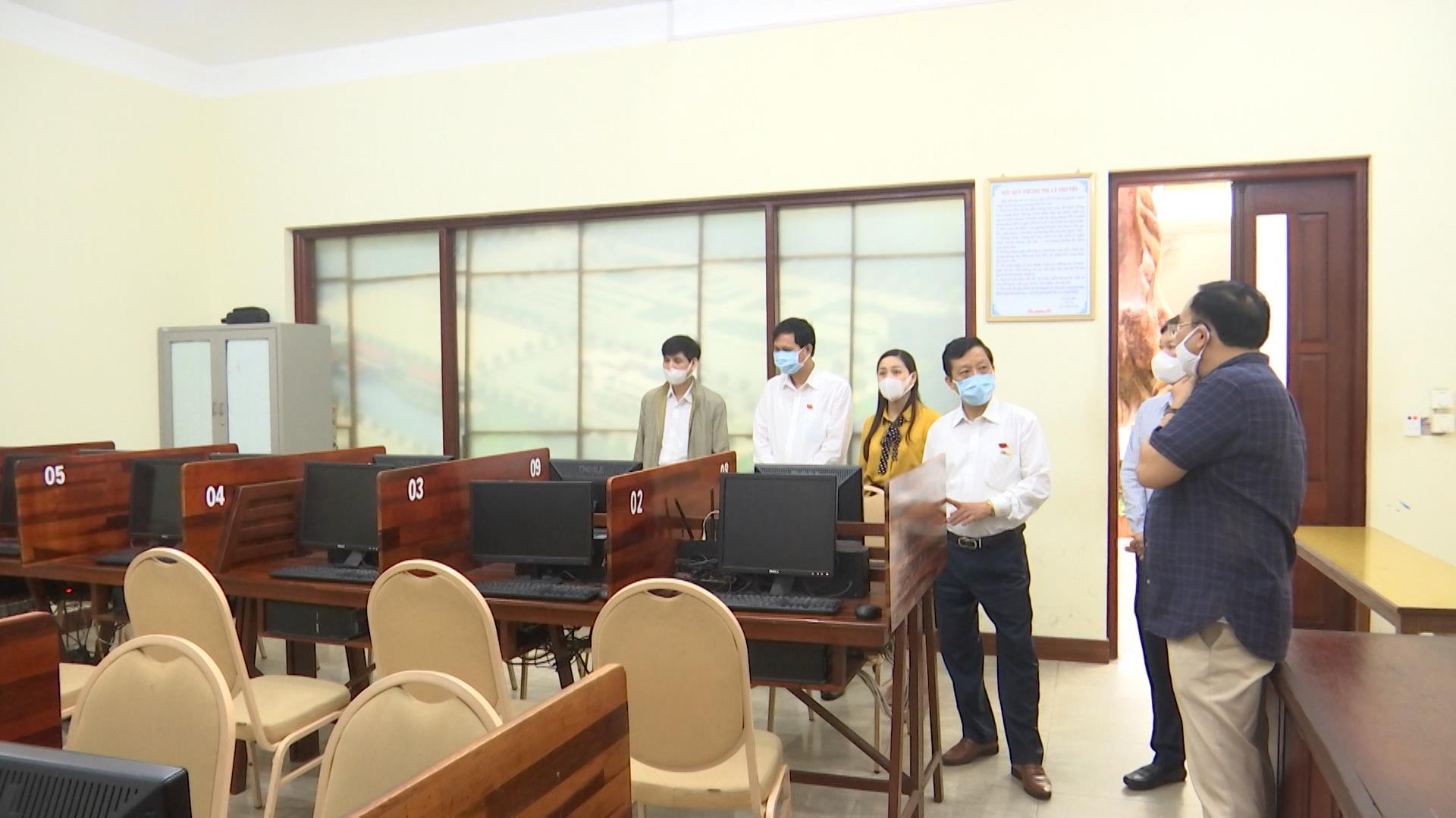 Hội đồng nhân dân tỉnh: Giám sát hoạt động đào tạo và sát hạch lái xe