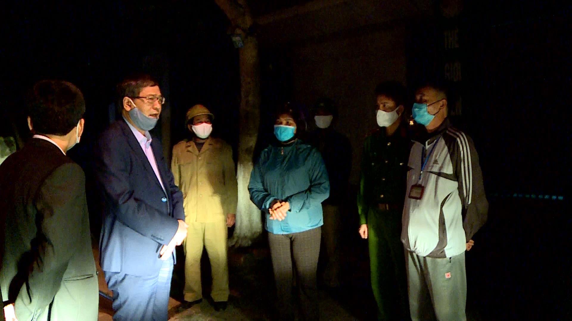 Thành phố Bắc Ninh kiểm tra, đôn đốc đóng cửa  các cơ sở dịch vụ, kinh doanh các mặt hàng không thiết yếu