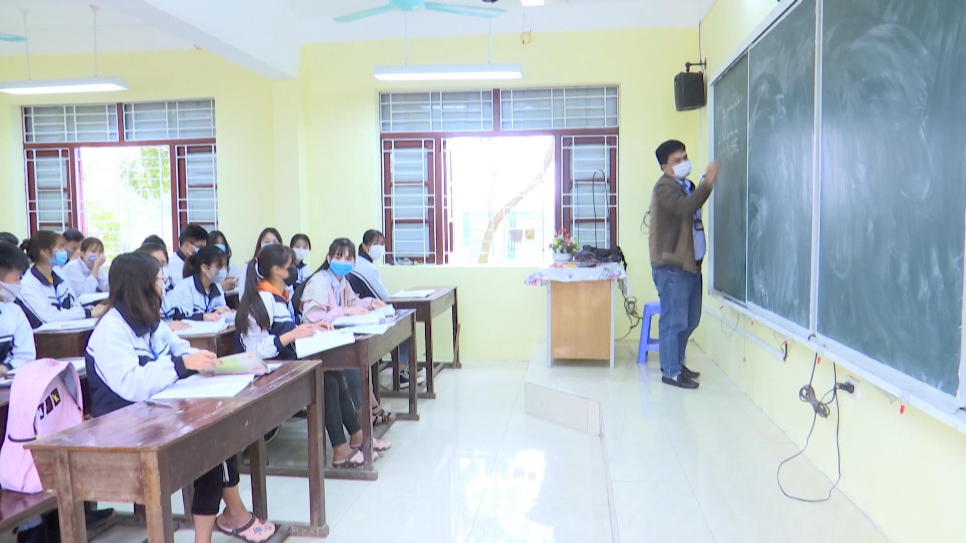 Bắc Ninh, học sinh ngày đầu đến lớp và giải pháp đảm bảo an toàn trường học