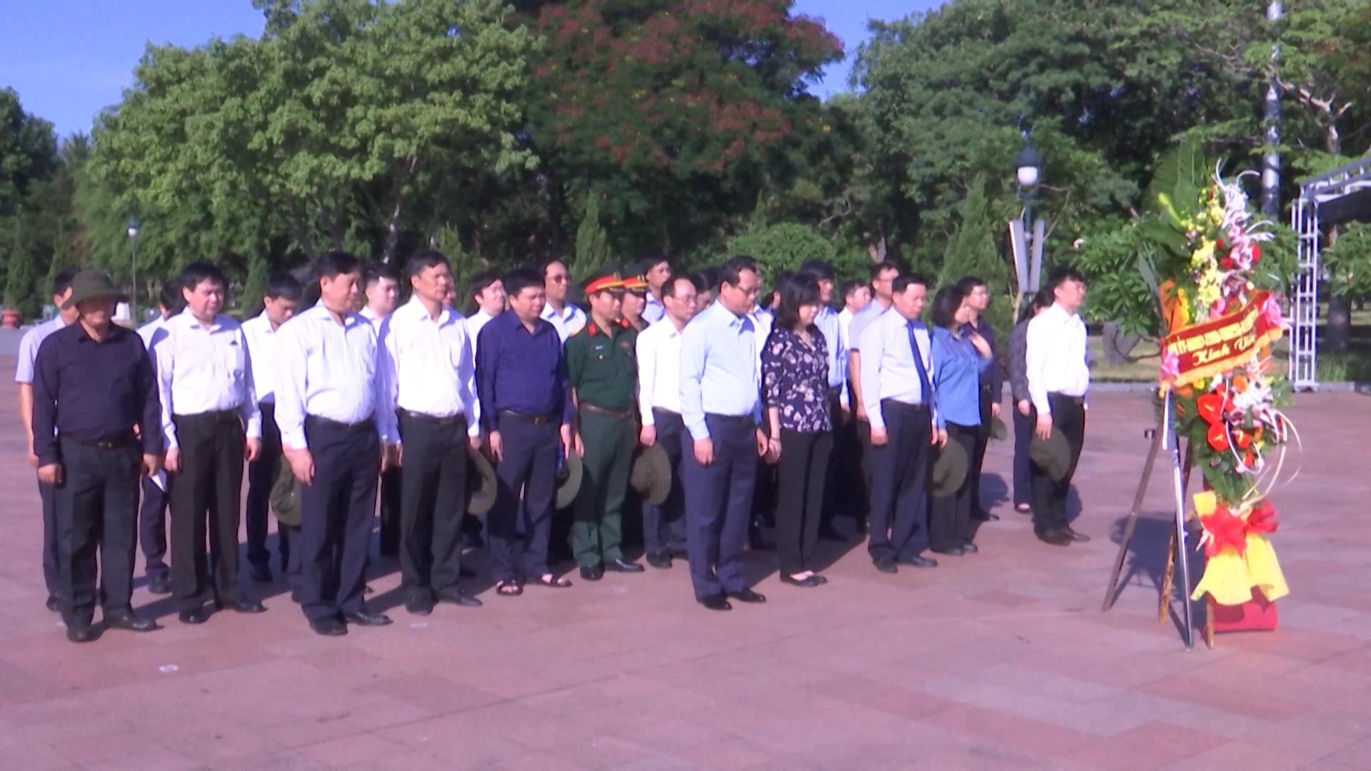 Đoàn đại biểu tỉnh Bắc Ninh tri ân, tưởng nhớ các Anh hùng liệt sỹ
