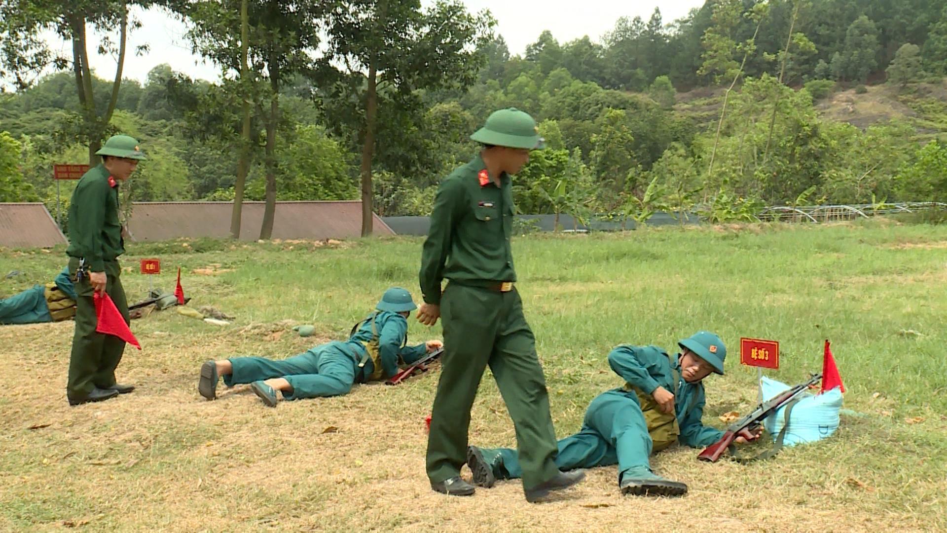 Tổ chức kiểm tra bắn đạn thật tại huyện Yên Phong và thành phố Bắc Ninh