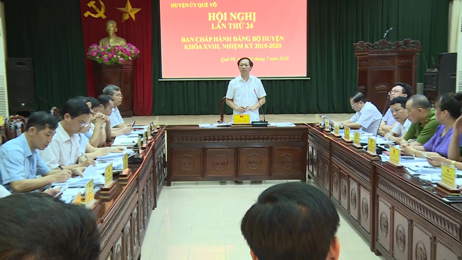Ban chấp hành Đảng bộ huyện Quế Võ khóa 18 tổ chức Hội nghị lần thứ 24