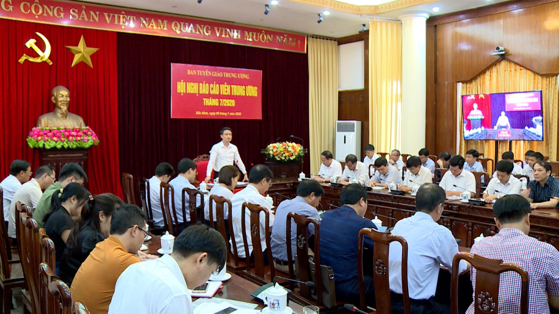Hội nghị báo cáo viên Trung ương tháng 7/2020