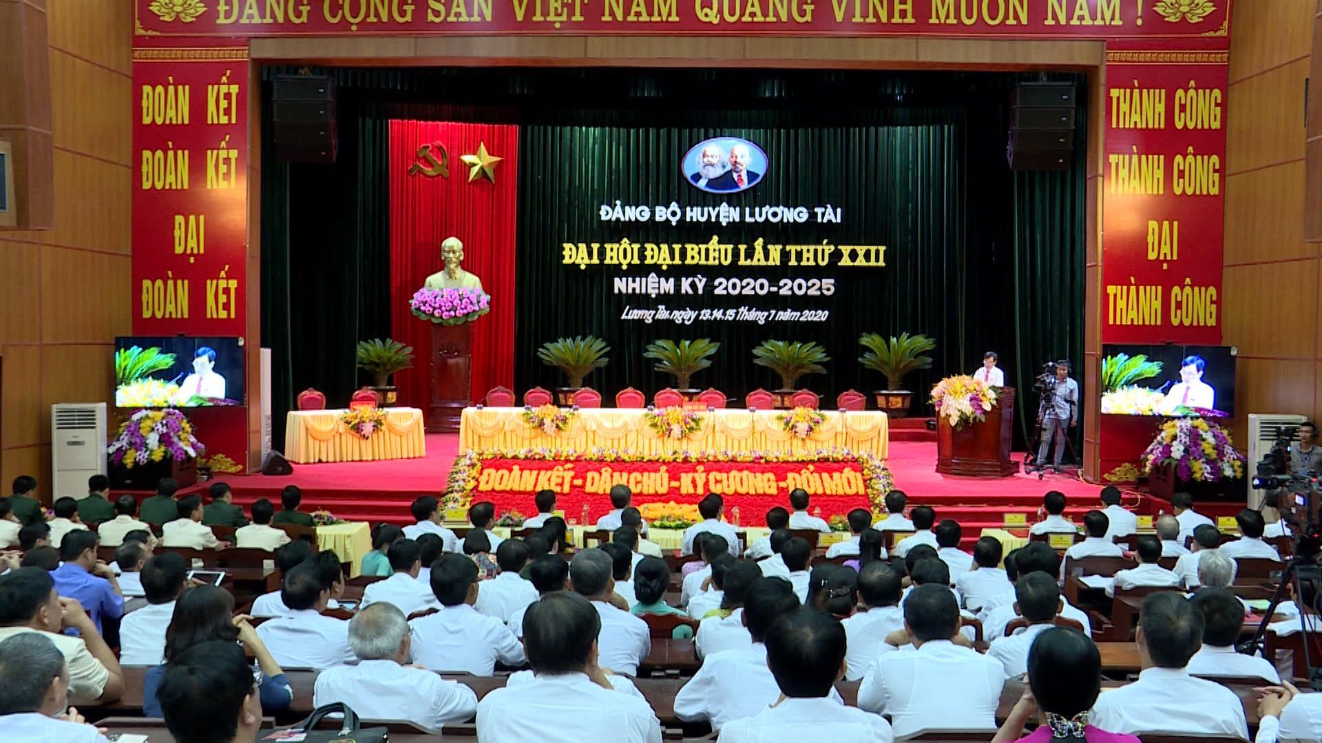 Phiên thứ nhất Đại hội Đảng bộ huyện Lương Tài lần thứ XXII