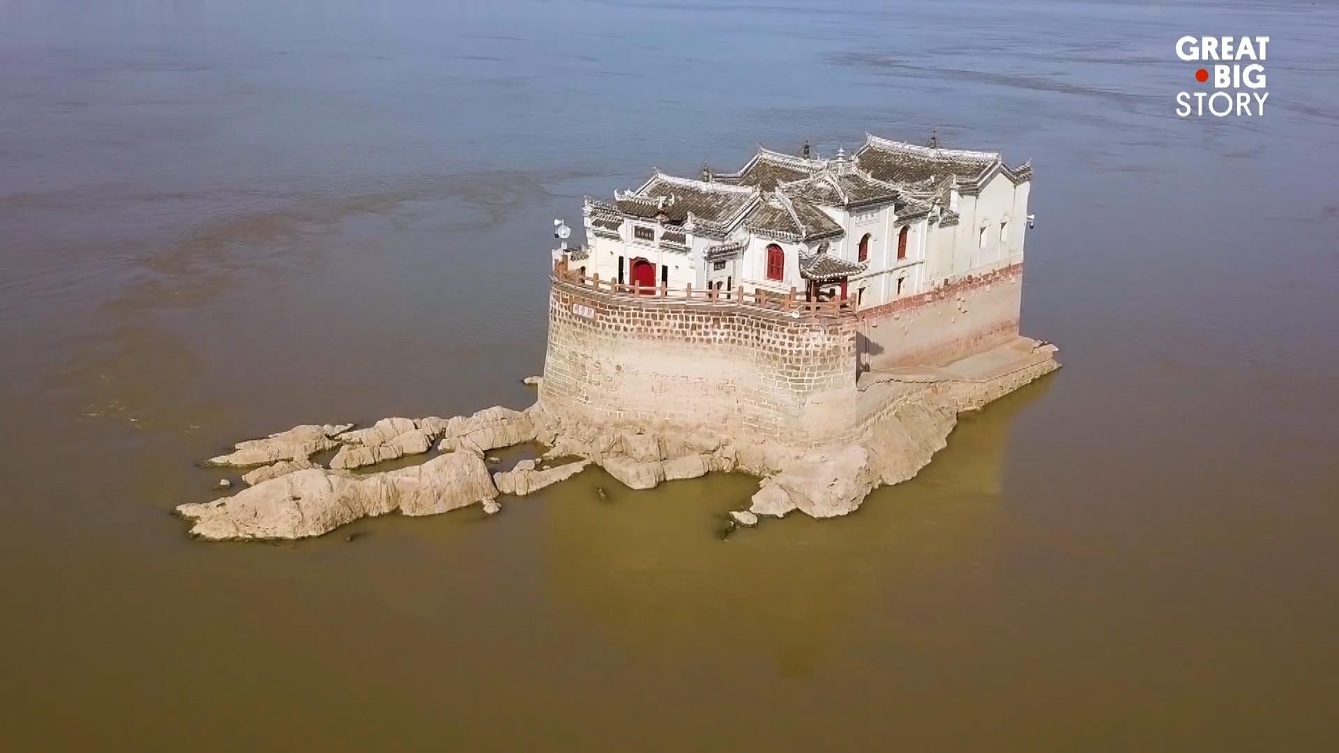 Không gian đền thờ Thái sư Lê Văn Thịnh