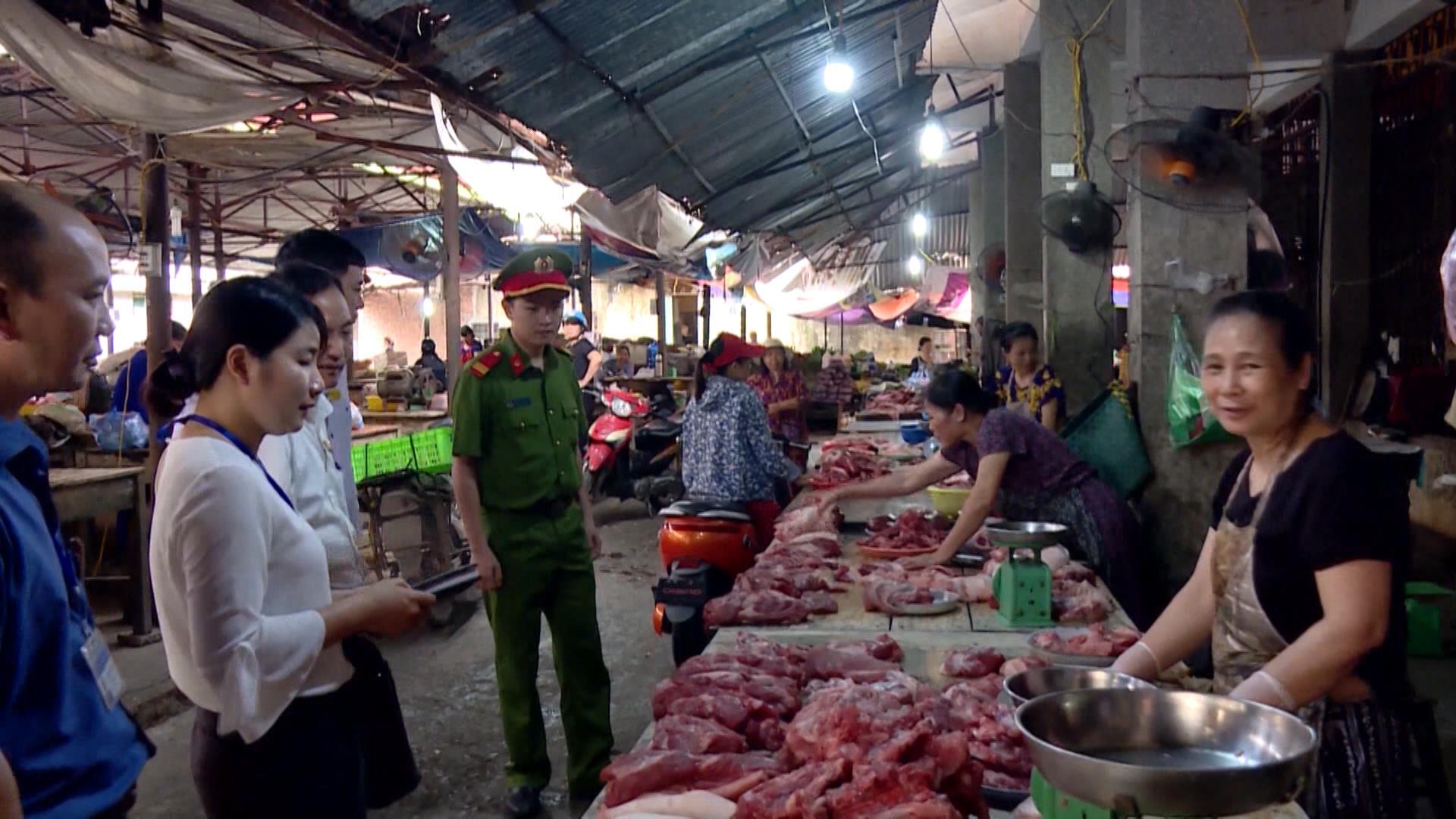 Ban An toàn vệ sinh thực phẩm kiểm tra 196 cơ sở sản xuất, kinh doanh