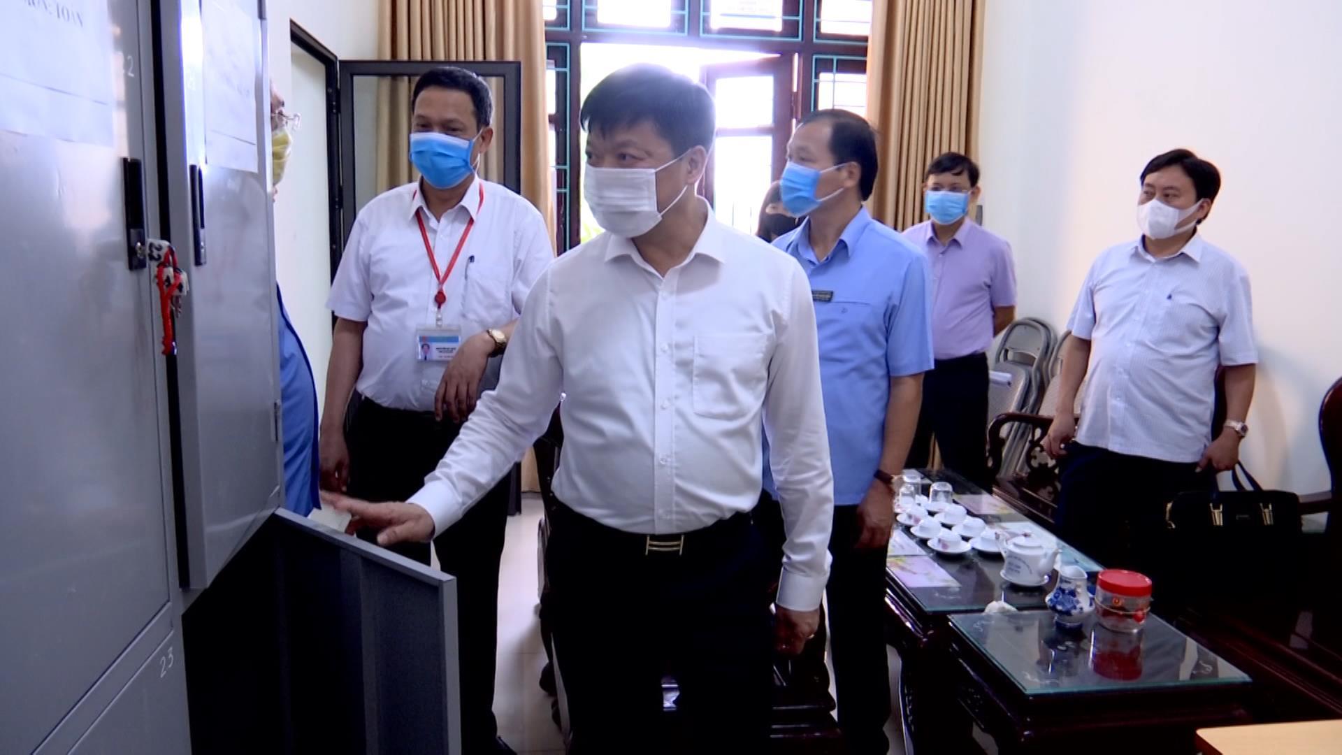 Phó Chủ tịch UBND tỉnh Đào Quang Khải kiểm tra chuẩn bị thi tốt nghiệp THPT năm 2020