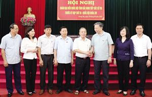 Bộ trưởng Bộ Công an Tô Lâm tiếp xúc cử tri thị xã Từ Sơn