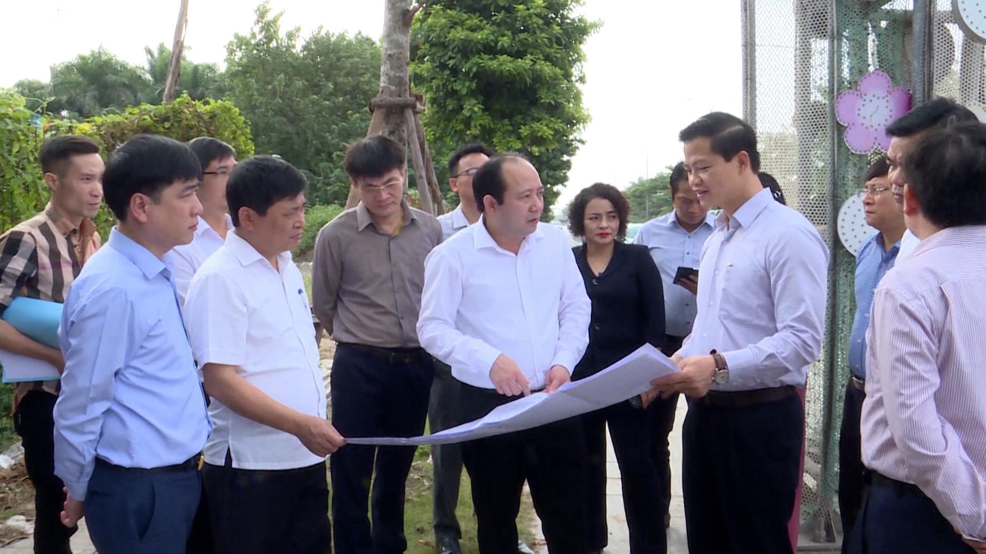 Phó Chủ tịch UBND tỉnh Vương Quốc Tuấn thăm, kiểm tra một số công trình văn hóa