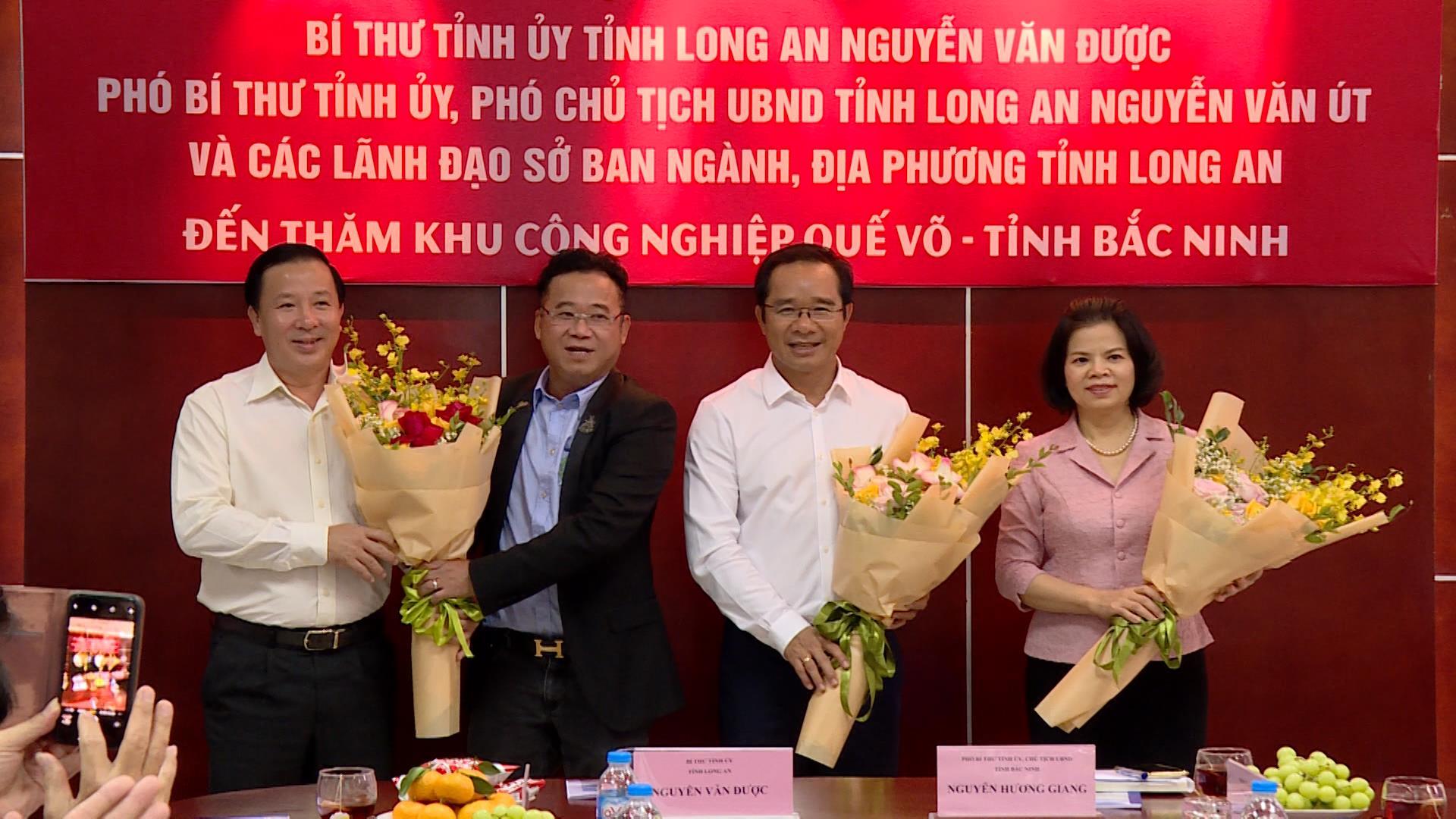 Đoàn công tác tỉnh Long An thăm Khu công nghiệp Quế Võ