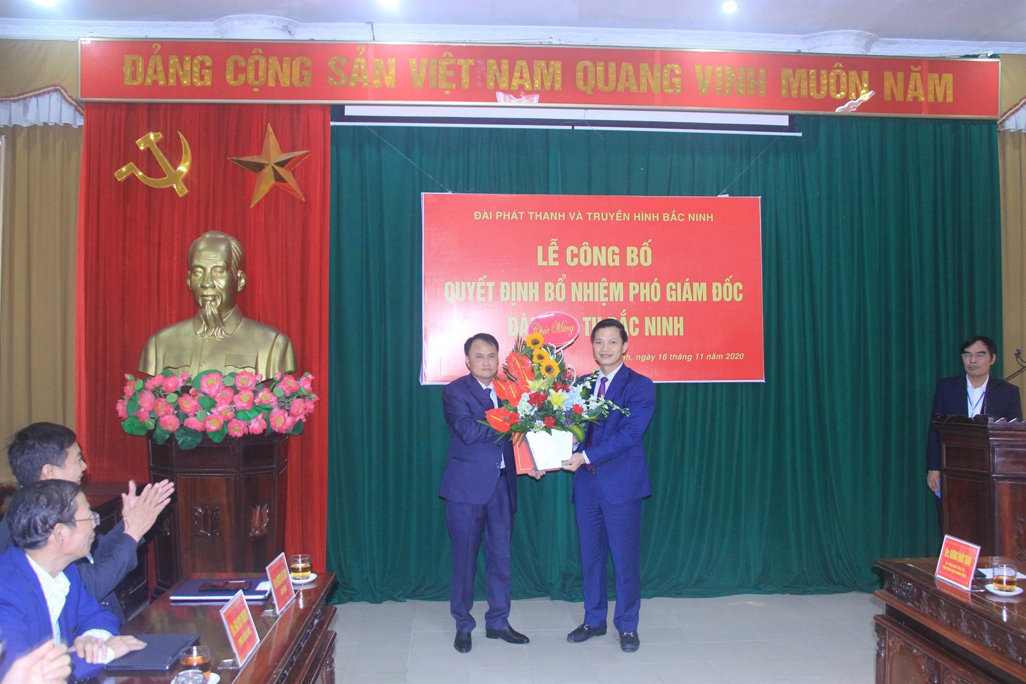 Trao Quyết định bổ nhiệm Phó Giám đốc Đài PT&TH Bắc Ninh