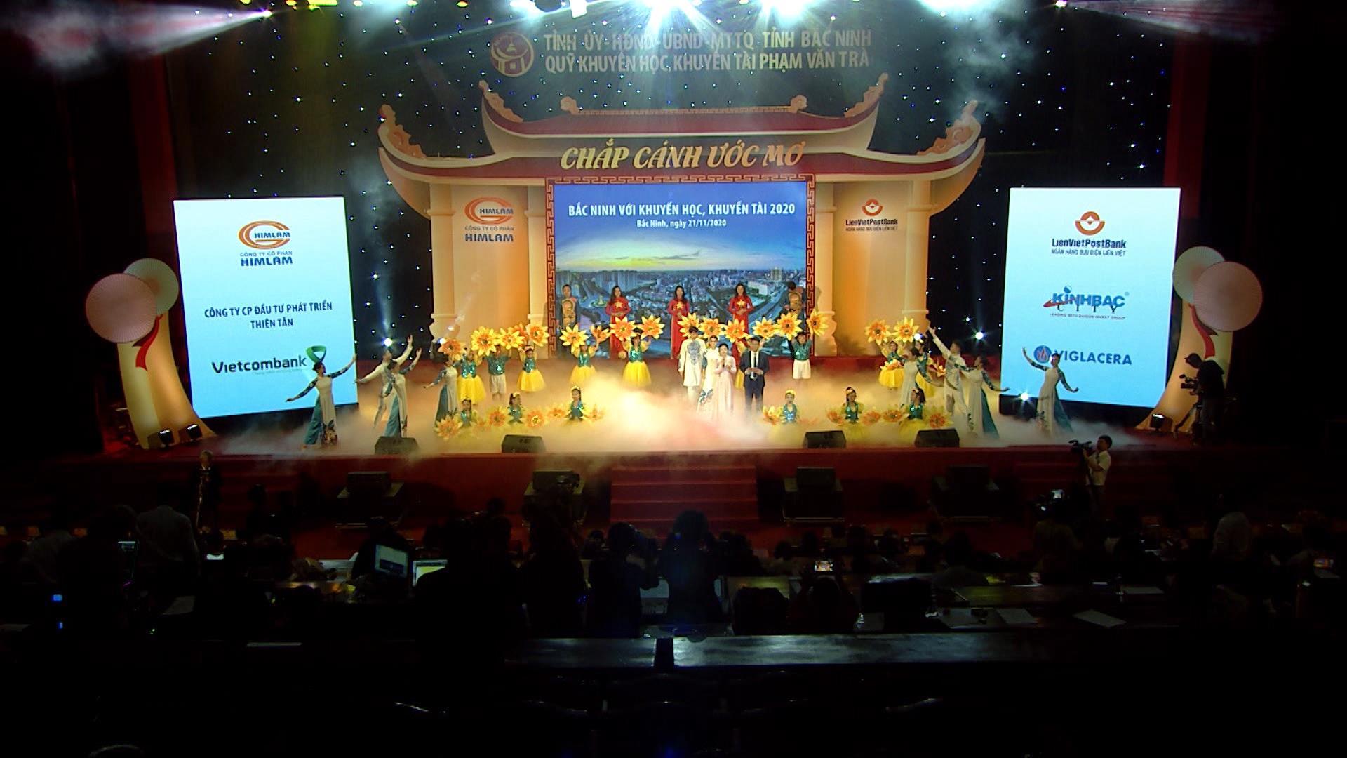 Chắp cánh ước mơ - Bắc Ninh với khuyến học khuyến tài phần 4