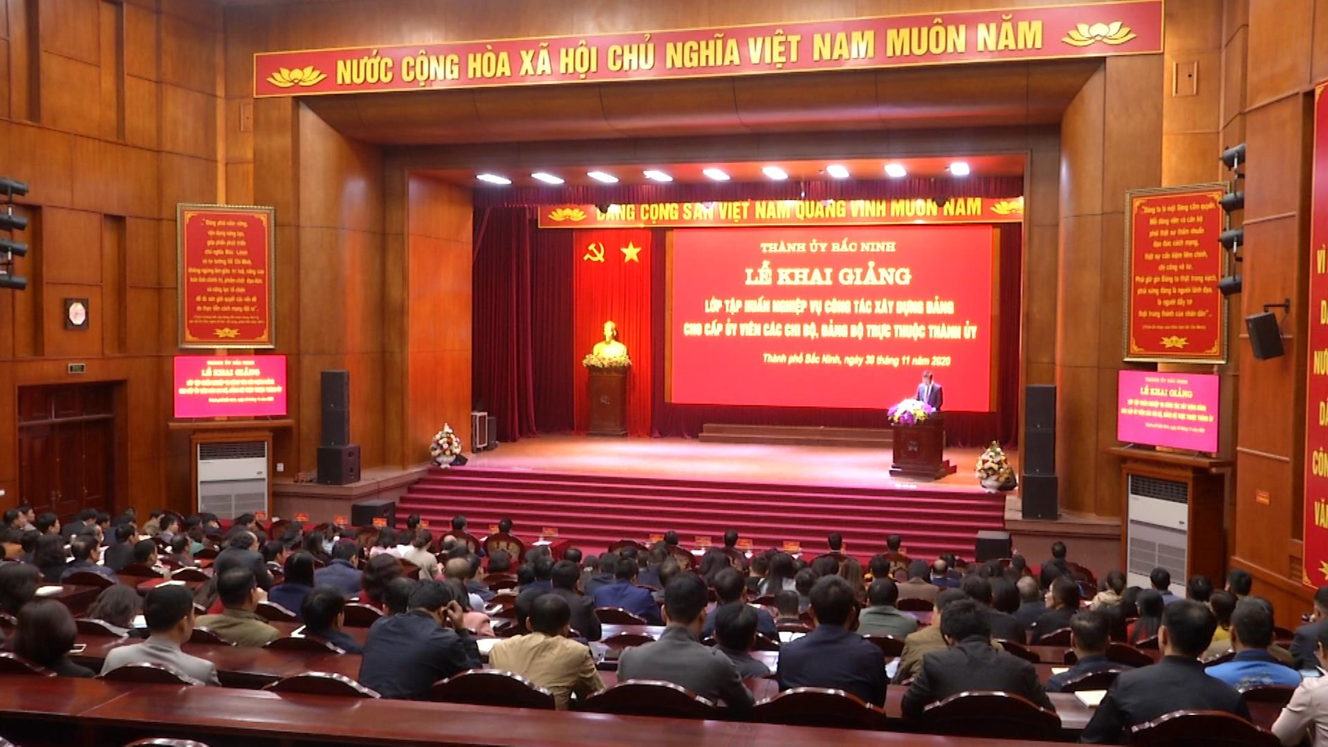 Thành ủy Bắc Ninh tập huấn nghiệp vụ công tác xây dựng Đảng