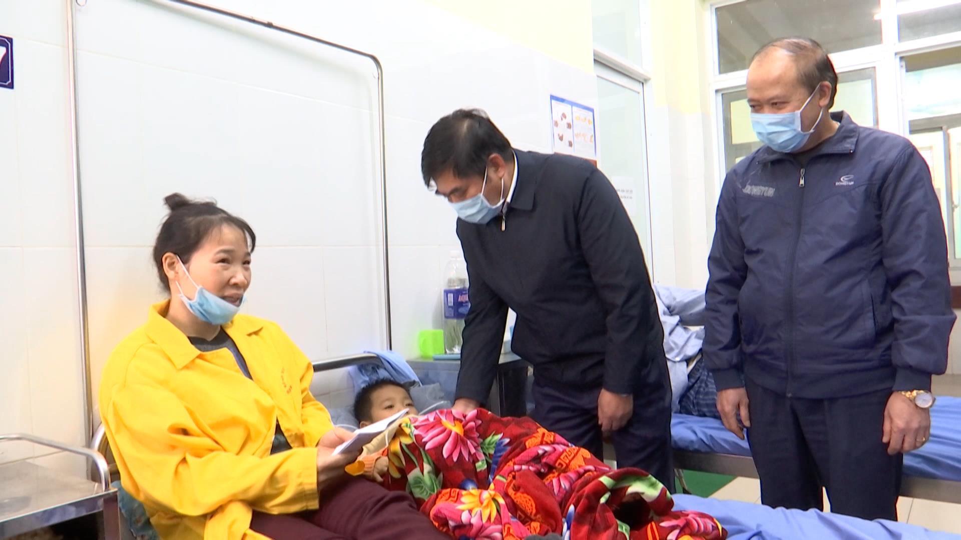 Lương Tài: Đổ thiết bị thi công xây dựng khiến 4 trẻ thương vong