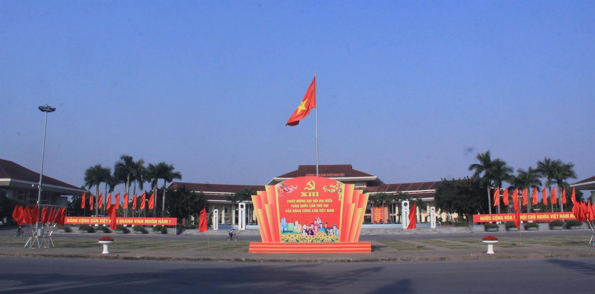 Thành phố Bắc Ninh rợp cờ hoa, băng rôn, khẩu hiệu chào mừng Đại hội lần thứ XIII của Đảng