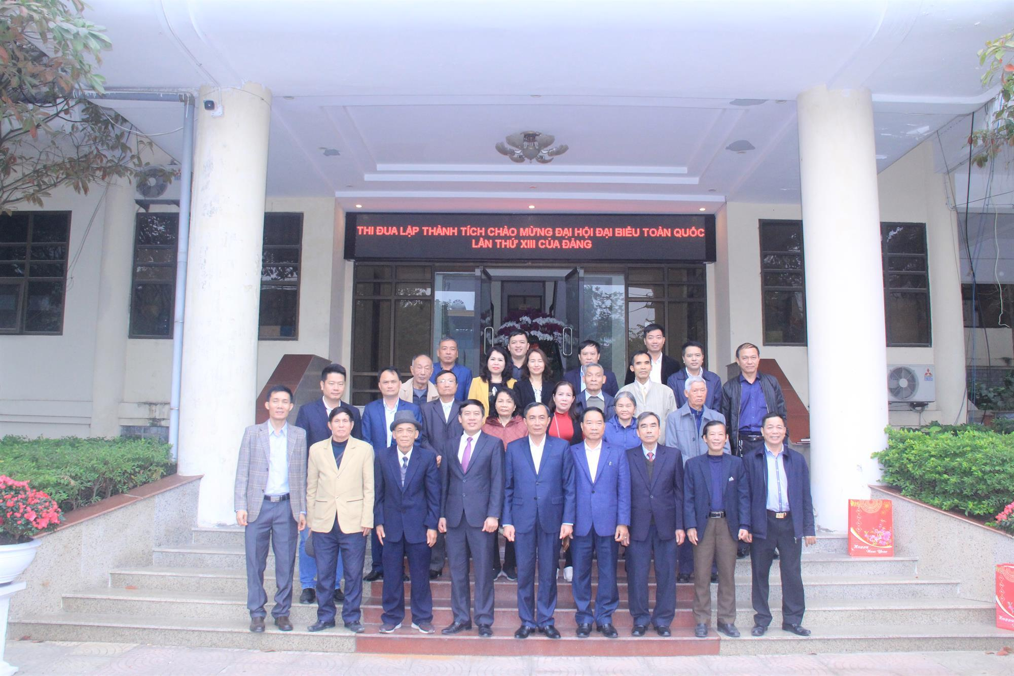 Đài Phát thanh và Truyền hình Bắc Ninh gặp mặt cán bộ hưu nhân dịp đón xuân Tân Sửu 2021
