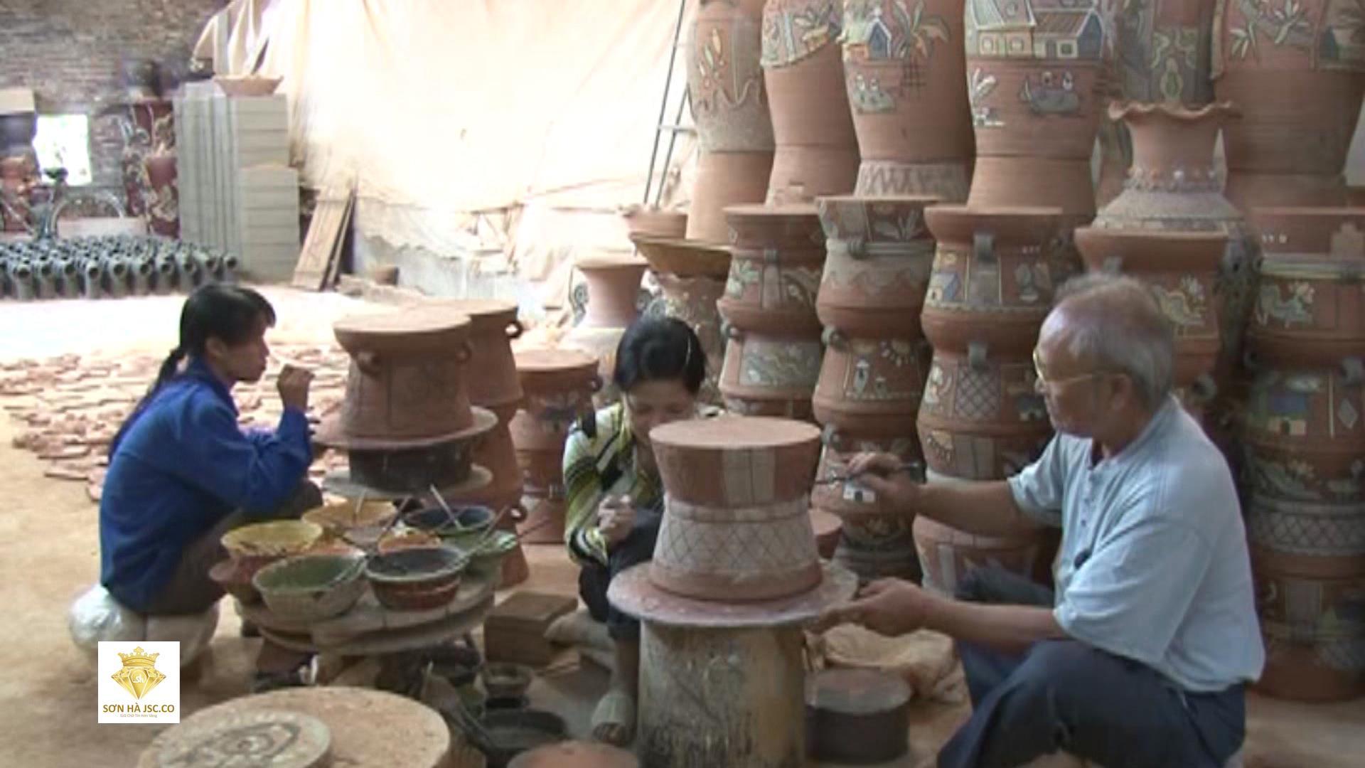 Thăm làng gốm Phù Lãng