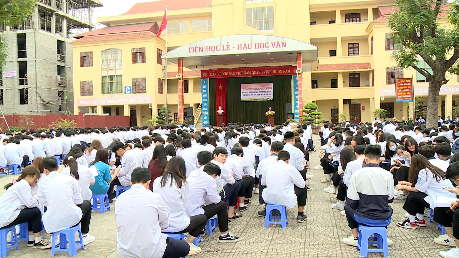 Giáo dục truyền thống cách mạng cho học sinh