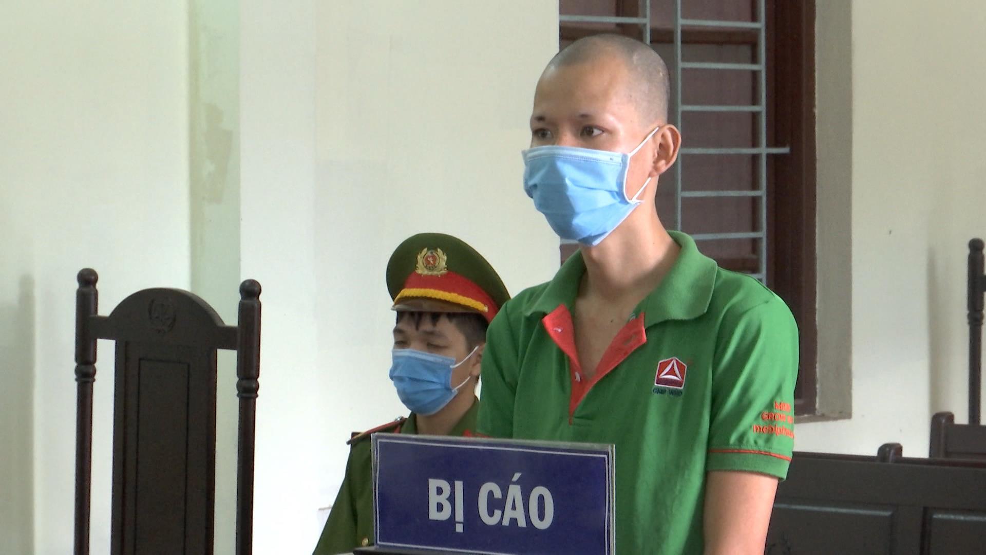 24 tháng tù giam cho đối tượng chống người thi hành công vụ tại chốt kiểm dịch COVID - 19
