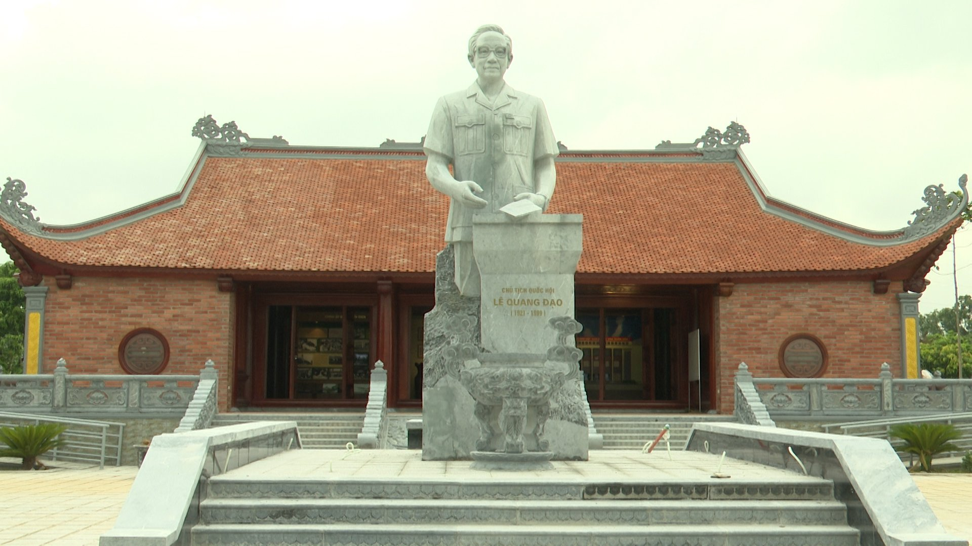 Từ Sơn cả hệ thống chính trị đẩy mạnh tuyên truyền  kỷ niệm 100 năm Ngày sinh đồng chí Lê Quang Đạo