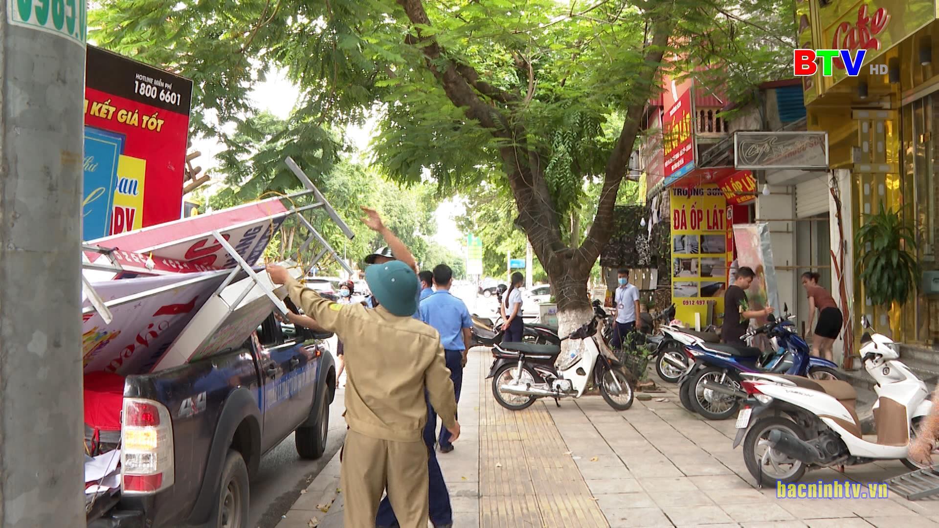 Xử lý triệt để vi phạm hành lang An toàn giao thông, trật tự đô thị