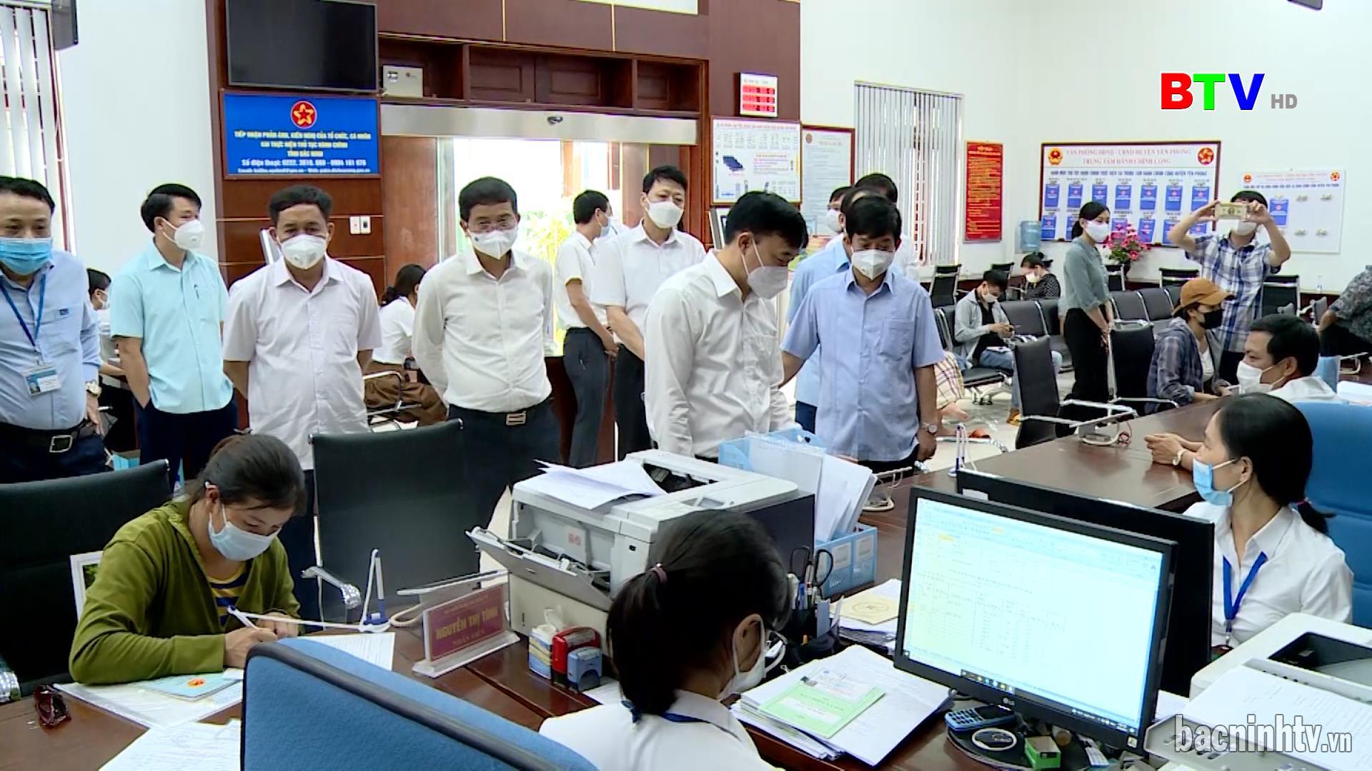Ủy ban MTTQ tỉnh giám sát tại huyện Yên Phong, Thuận Thành