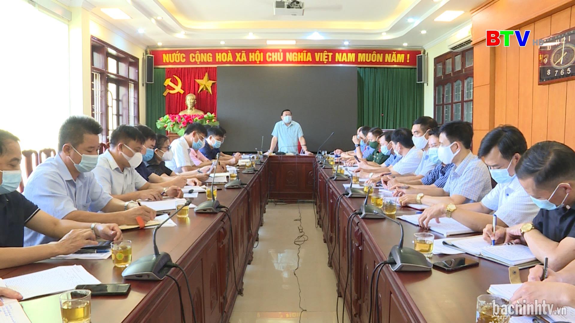 Họp Ban Chỉ đạo tiêm vắc xin phòng chống Covid-19 huyện Thuận Thành