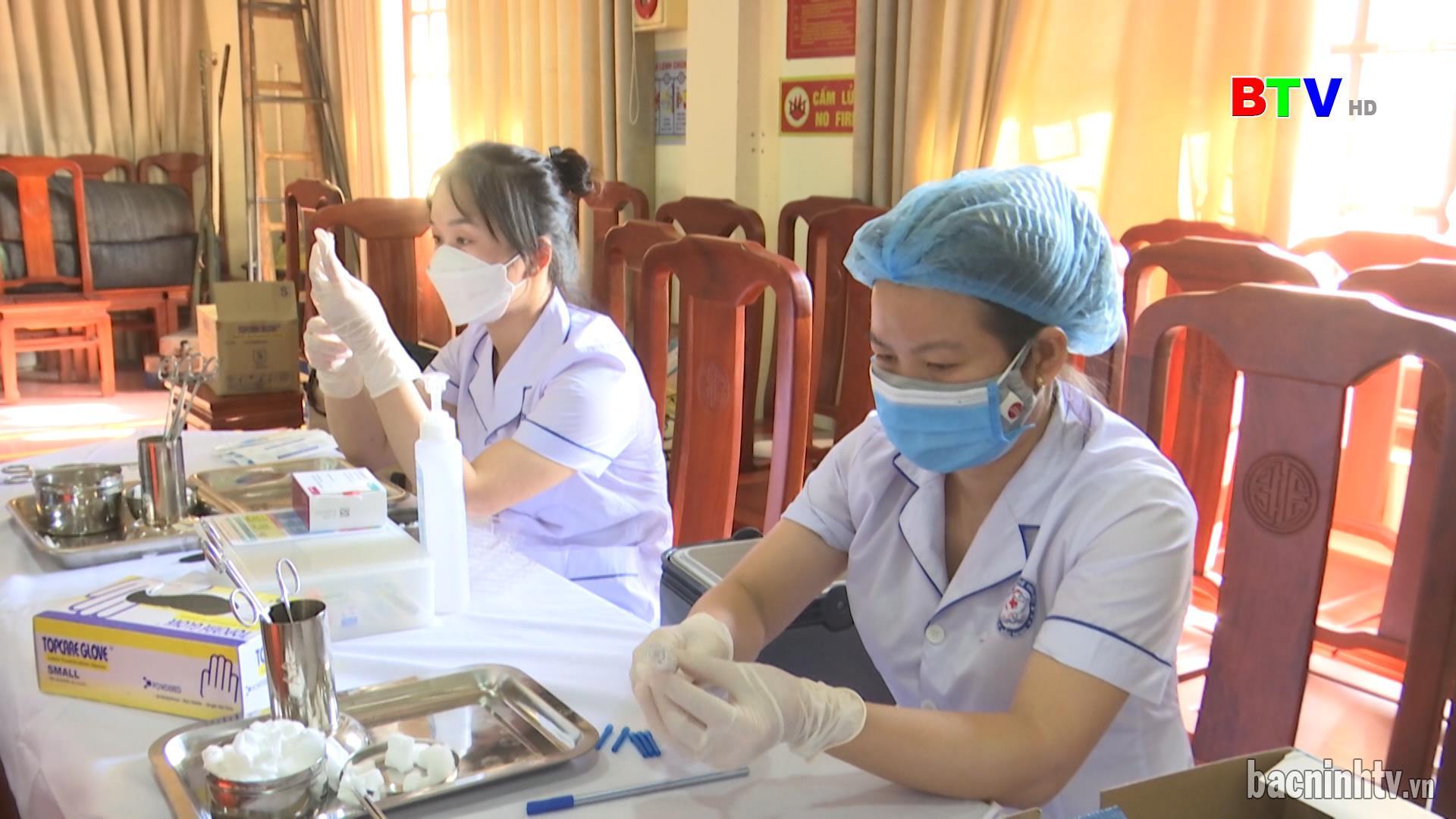 Thêm 300.000 liều vắc xin Vero cell phòng Covid - 19