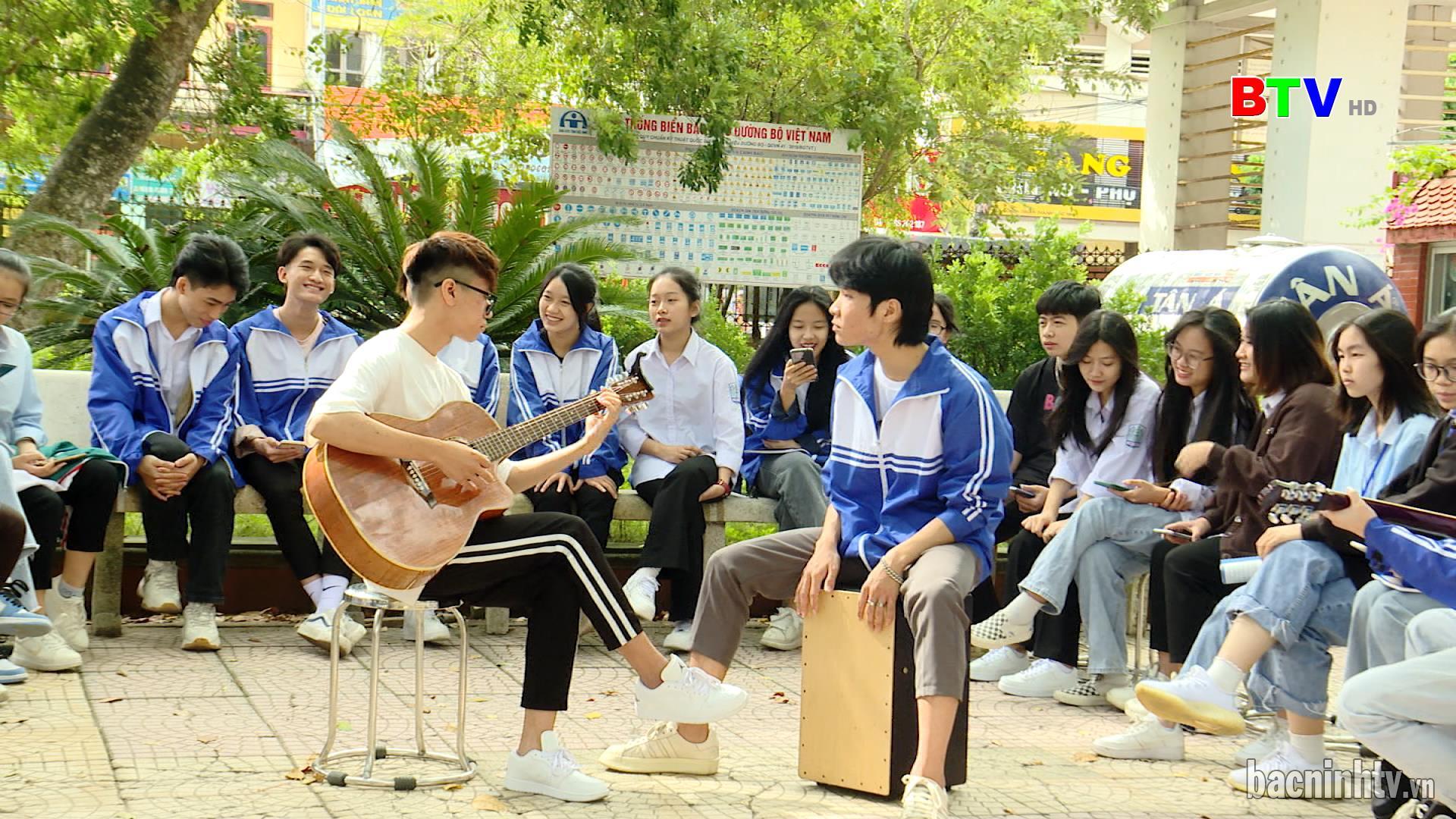 Trường THPT Thuận Thành số 1 – Sôi nổi các hoạt động VHTT