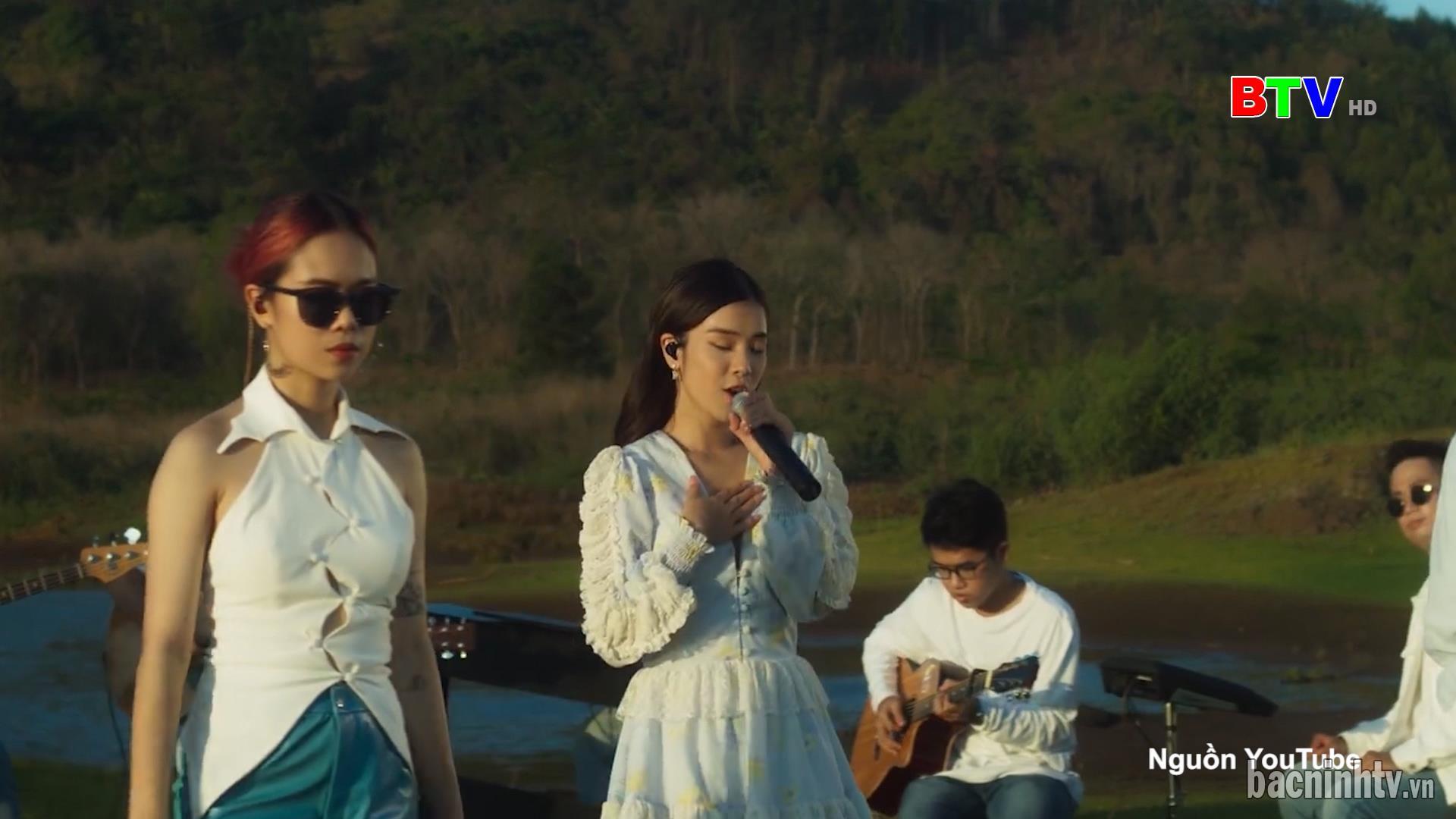 Bài ca người phụ nữ Việt Nam